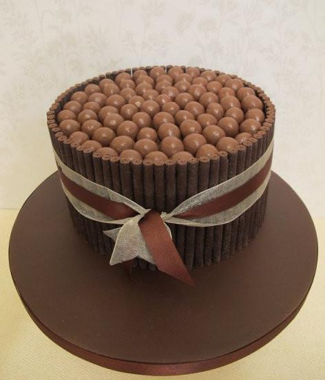 chocolate-malteaser-cake-devon